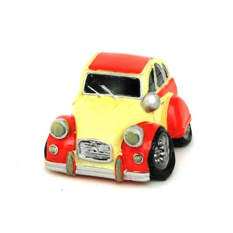 Auto miniature d corative avec un petit air de 2 cv 3 for Auto choix