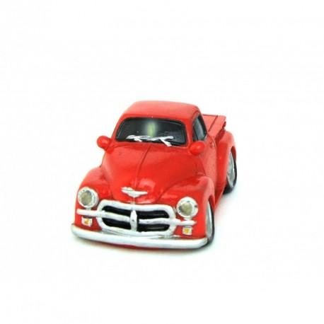 Auto miniature décorative avec un petit air de Chevrolet rouge