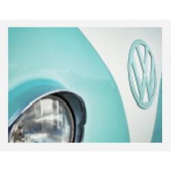 """Impression sur plexiglass """"Plein Phare sur la Coccinelle Volkswagen"""""""" en 80 cm x 60 cm"""