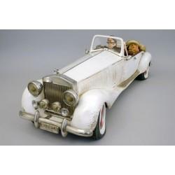 """Voiture décorative en série numérotée """"La Duchesse"""" façon Rolls Royce par Guillermo Forchino"""