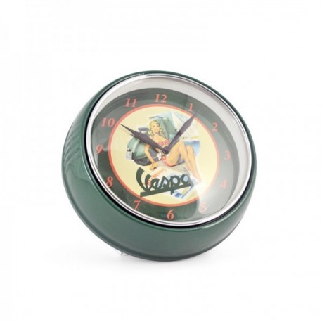 Horloge vespa vert amande illustr e pin up boutique fou du volant for Horloge cuisine verte