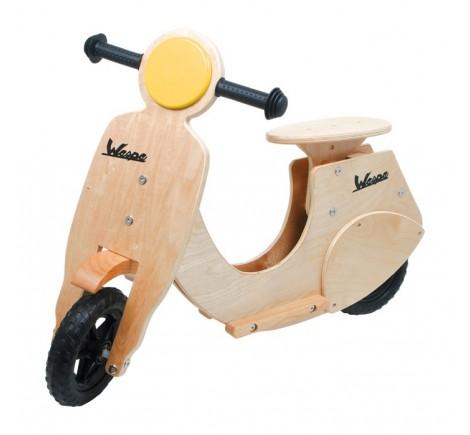 Scooter Vespa en bois naturel pour enfant